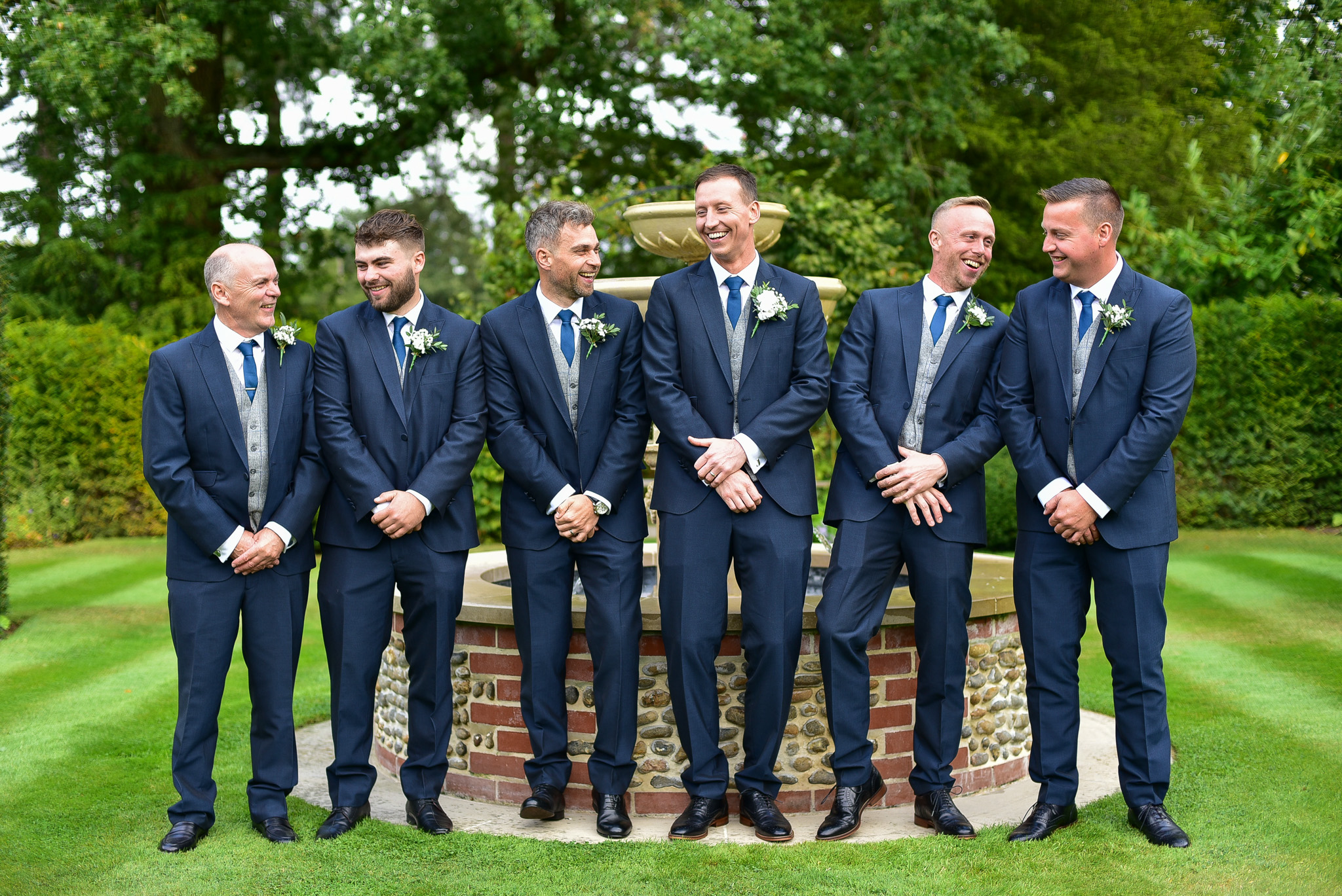 group photos in thursford wedding garden
