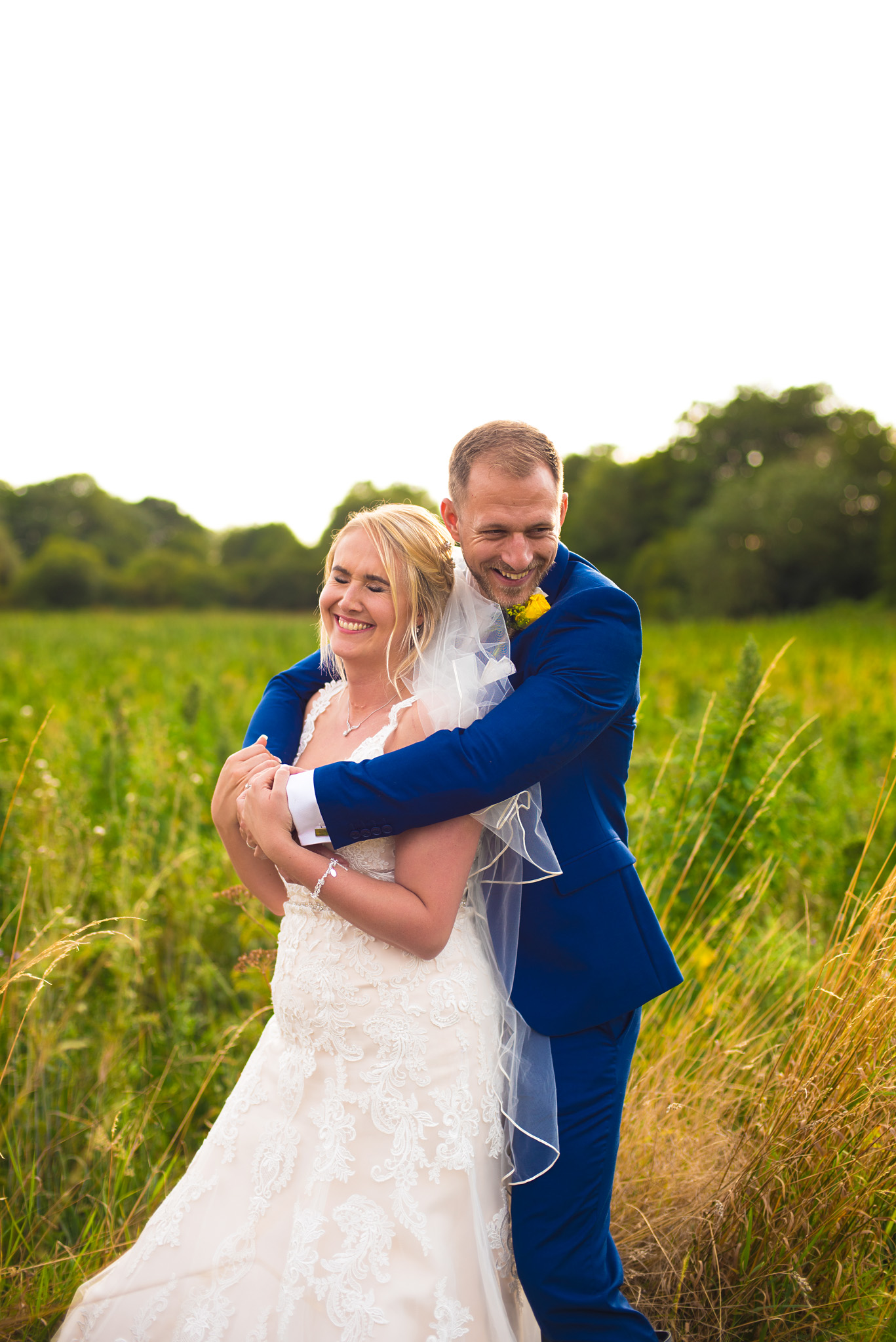 summer wedding at hunters hall norfolk